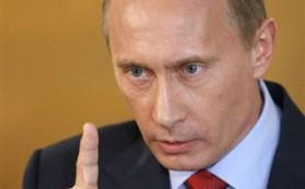 Владимир Путин: Если рубль шевелится — значит, он живет