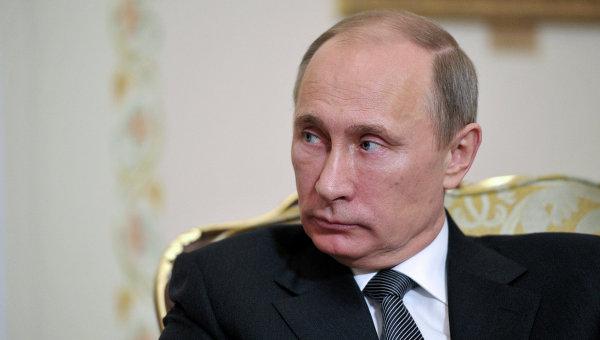 Президент РФ: дешевые кредитные условия для банков обязаны улучшать экономику страны