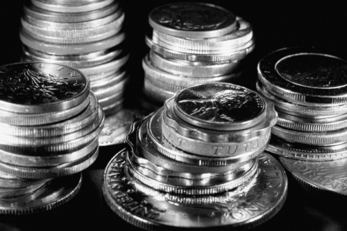 Эмиссия денег: наличная и безналичная (кредиты)