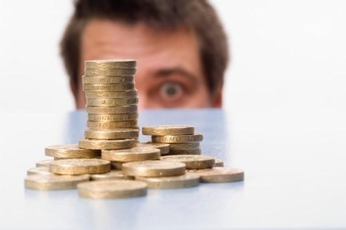 Средняя ставка по депозитам продолжает снижаться