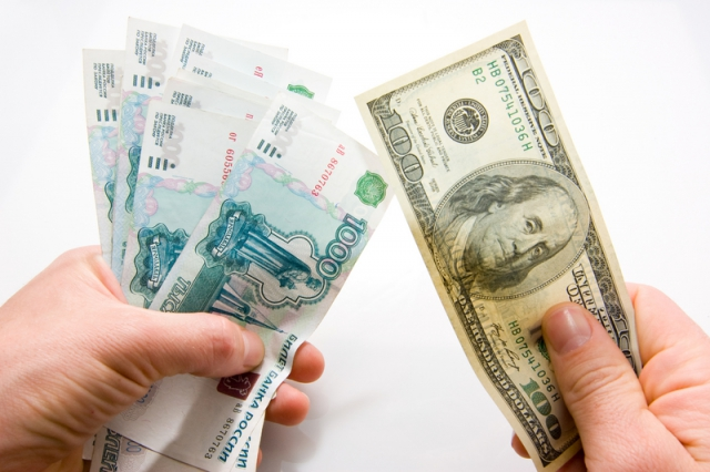 Российские банки нуждаются в валюте