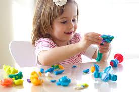 Во что поиграть с трехлетним ребенком?
