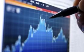 Рубль возобновил рост и готовится к заседанию ЦБ РФ