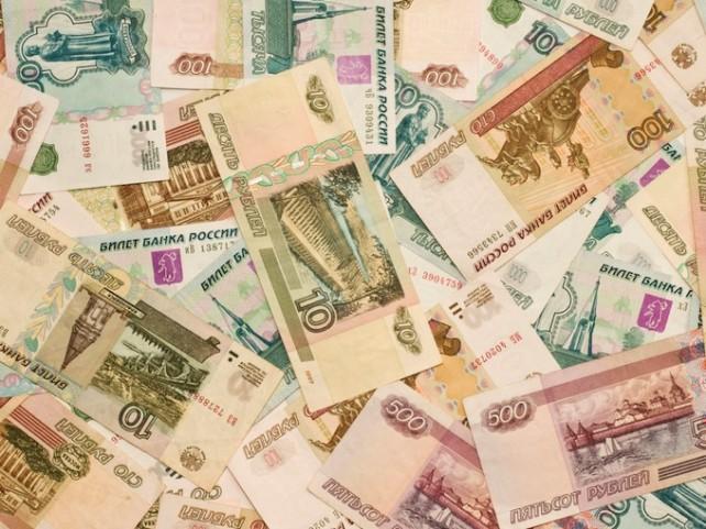 Минфин внушает россиянам веру в рубль и предрекает экономический рост