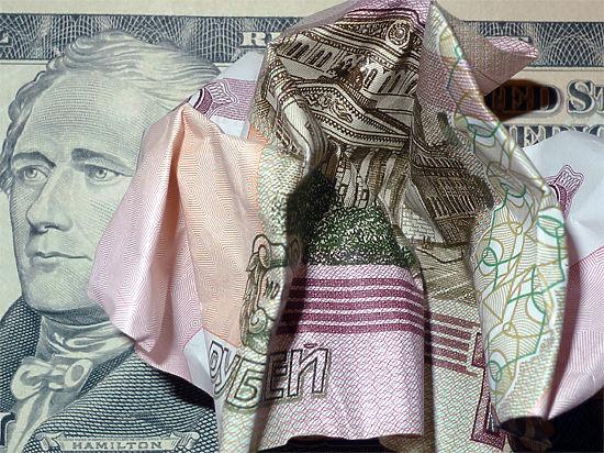 Эксперты назвали причины обрушения рубля
