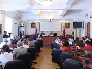 Смоленские депутаты обсудили возможность замены коммерческих кредитов бюджетными