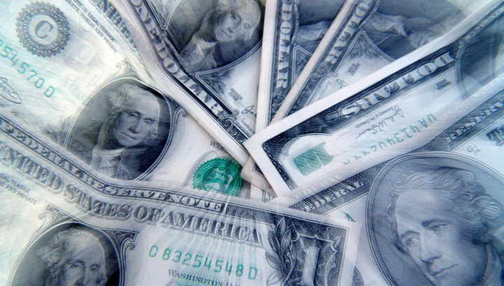 Доллар пересек отметку в 64 рубля
