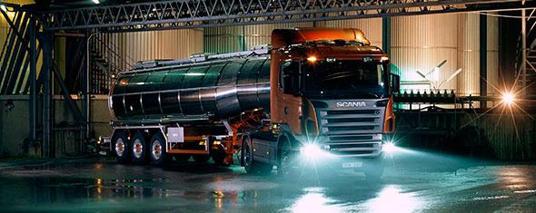 Транспортировка наливных грузов: особенности и требования