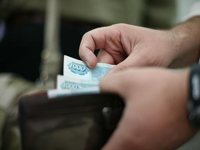 Россияне все чаще отказываются платить по кредитам, ожидая запрета коллекторов