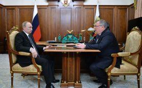 Путин обсудил с главой ВТБ кредитование бизнеса