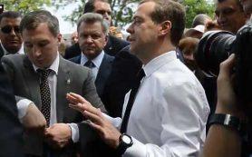 Медведев пообещал восстановить полную индексацию пенсий только в 2017 году