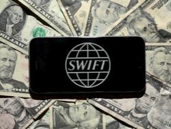 Хакеры начали атаковать российские банки через SWIFT