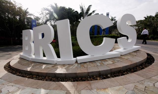 Новый банк развития БРИКС одобрил проекты на $1 млрд