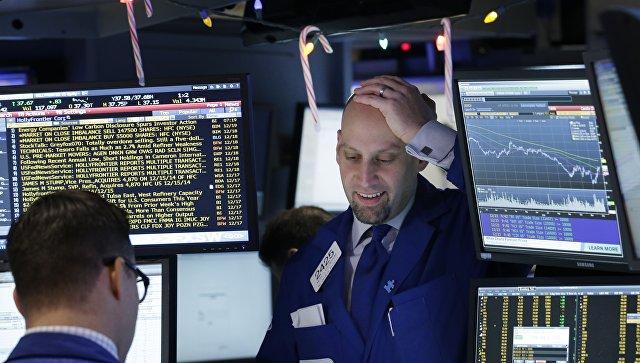 Рынок российских акций умеренно растет вслед за нефтью