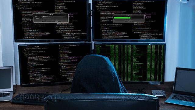 Зампред Сбербанка посетовал на плохую защиту от хакеров в России