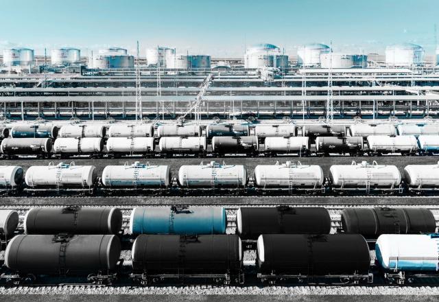 Экспорт нефти из России вырос за 9 месяцев на 5,5%