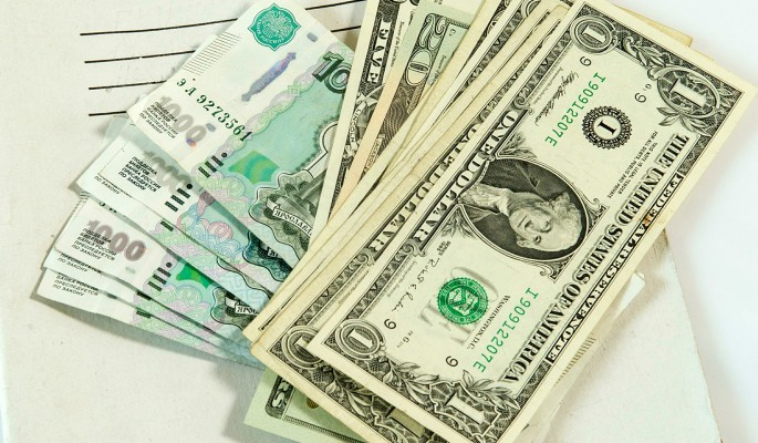 ЦБ опустил доллар ниже 60 рублей
