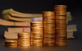 Рубль днем рос и обновил недельный максимум к доллару и евро