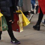 Розничные продажи в Британии выросли больше прогноза