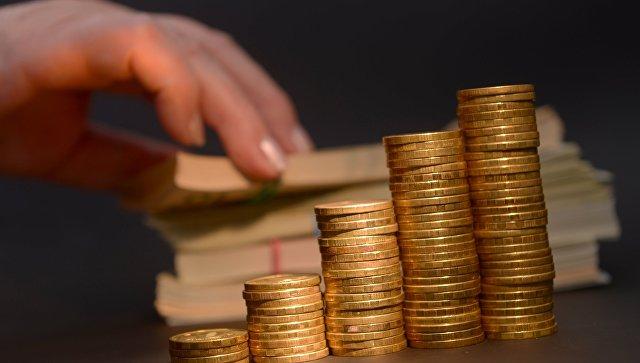 Эксперт: укрепление рубля и хороший урожай стали причиной дефляции в России