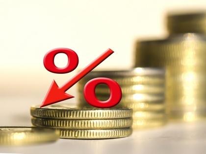 Максимальная ставка топ-10 банков по рублевым вкладам вновь обновила исторический минимум