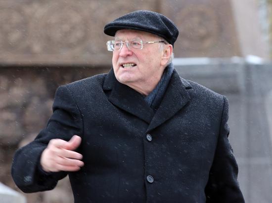 Невыгодное президентство: Жириновский и Собчак обеднеют в 10 раз