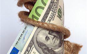 Официальный курс доллара снизился на 36 копеек, евро — на 34