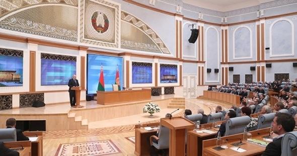 Лукашенко разрешил майнинг и операции с криптовалютой в Белоруссии