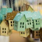 Греф пообещал продолжение снижения ставок по ипотеке в России