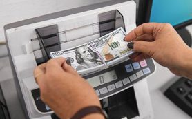 Роспотребнадзор предупредил россиян об опасности кредитов в валюте