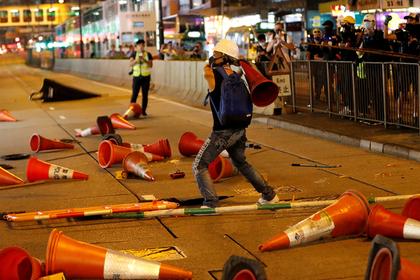 Акции протеста лишили богачей Гонконга миллиардов долларов