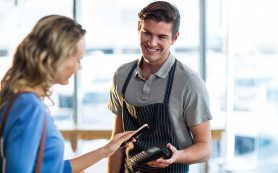 Банки с рестораторами разрабатывают системы электронных чаевых
