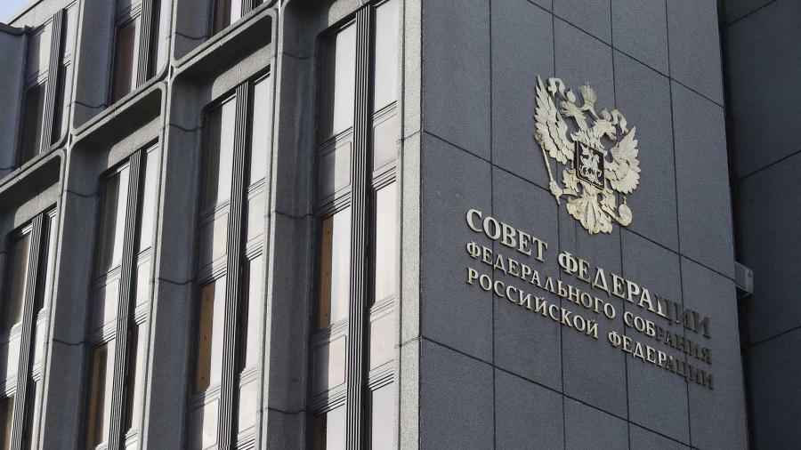 Новак: Россия намерена строго соблюдать договоренности ОПЕК+