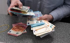 Эксперты заявили об истощении валютных запасов российских банков