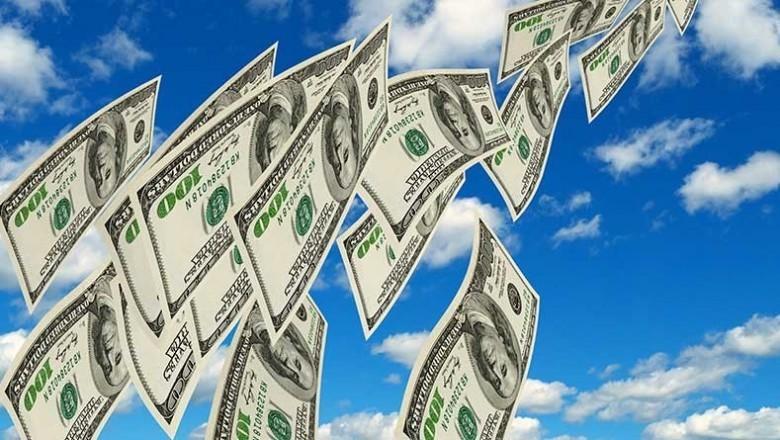 В ЦБ объяснили январский отток вкладов из банков