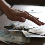Госдума приняла в первом чтении законопроект о минимальном гарантированном доходе должников